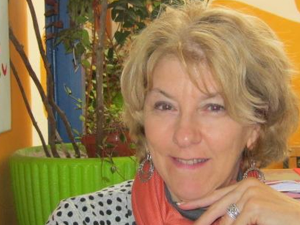 Interview with Kim Defforge. Expat, Blogger and Author living on the French Riviera